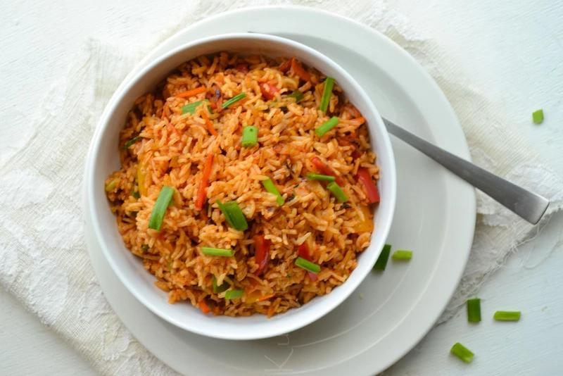 Schezwan Fried Rice (Taste of Mumbai)