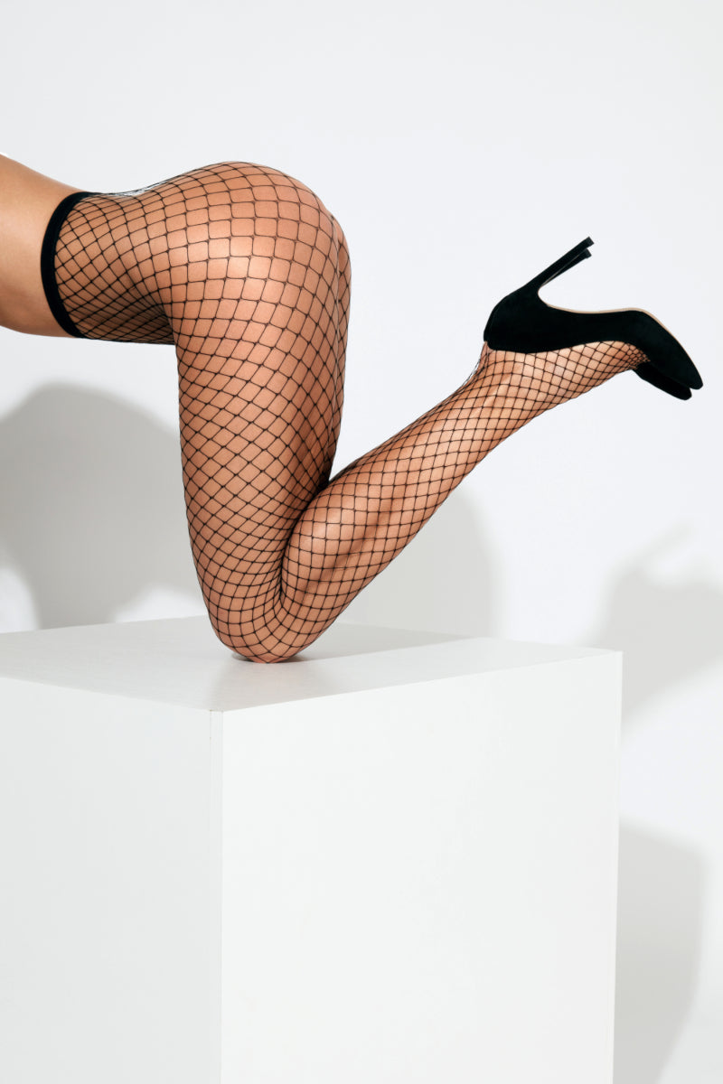 Large Fishnet Tights - Black