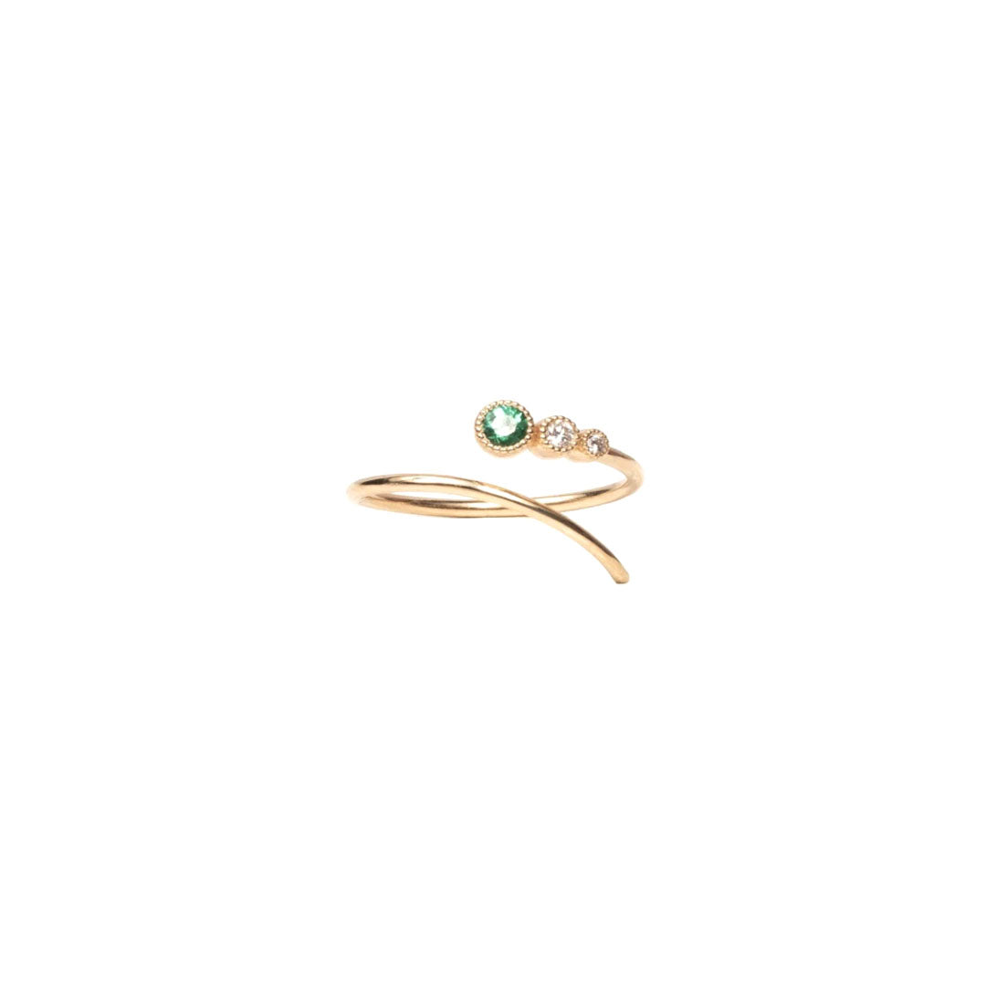 Shooting Emerald Star Ring