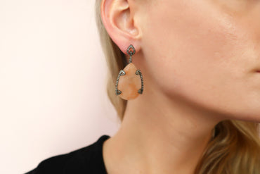 Pia Peach Quartz Earrings