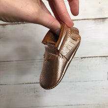 Load image into Gallery viewer, Rose Gold Moccasins