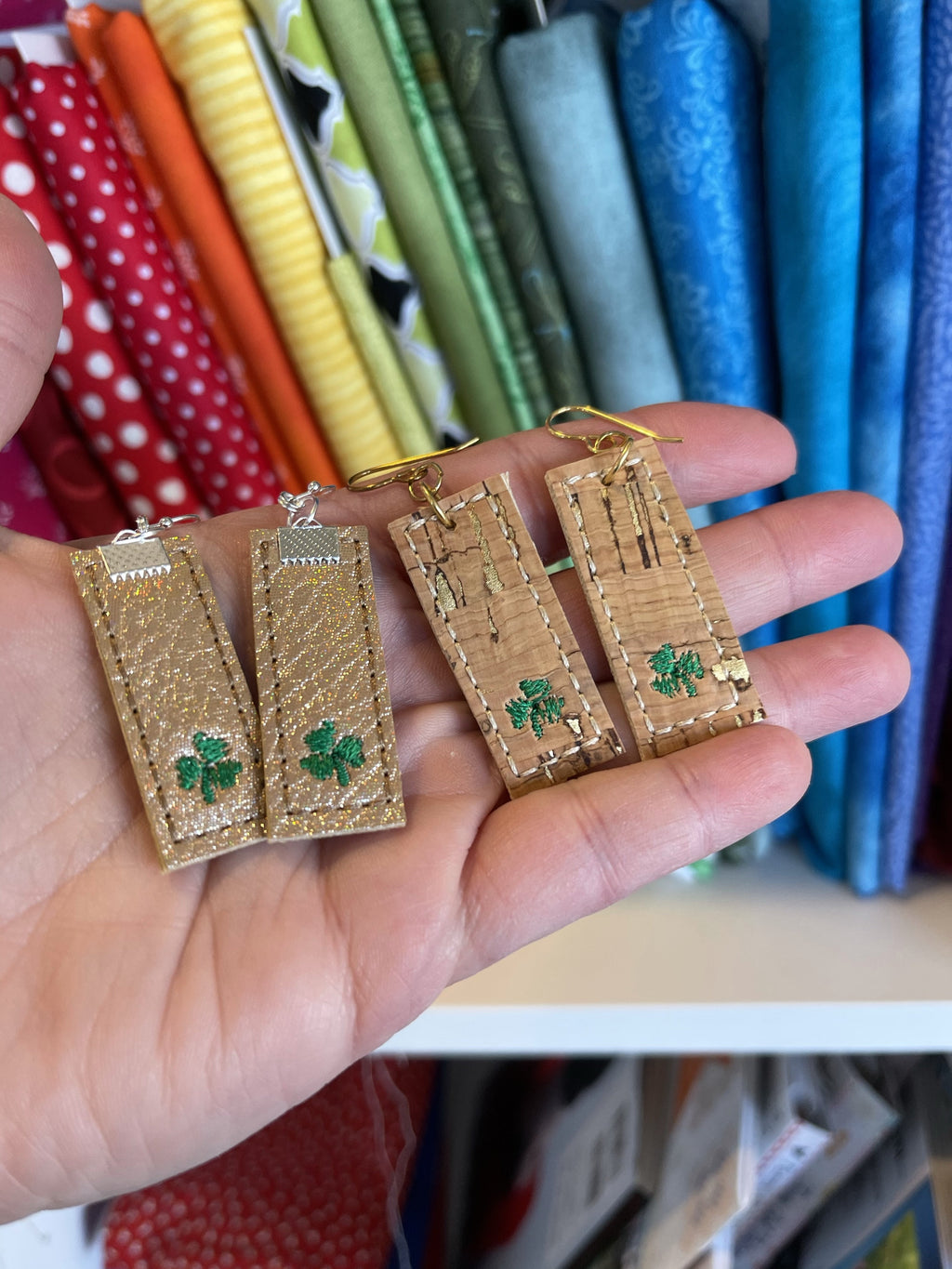 DBB Bar with Clover Earrings embroidery design