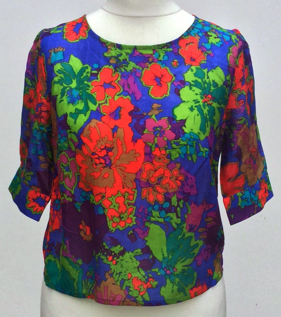 Sketch London Fashion Button Back Top Cotton Silk Ethical sustainable scarlet jungle print