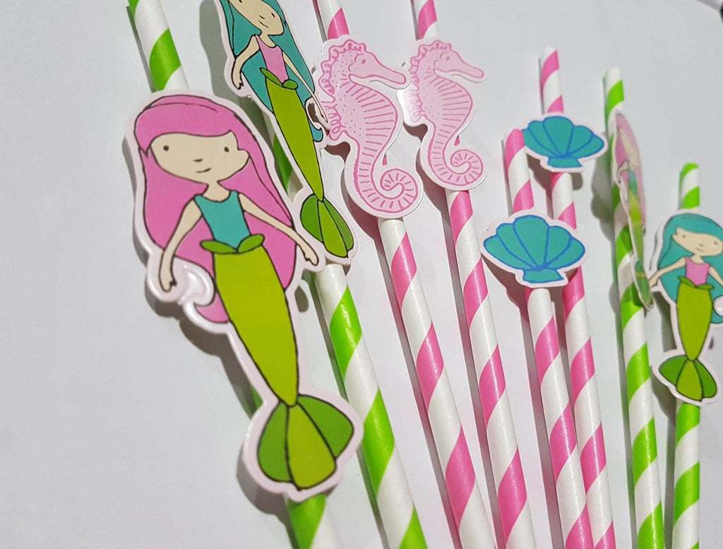 Straws with toppers