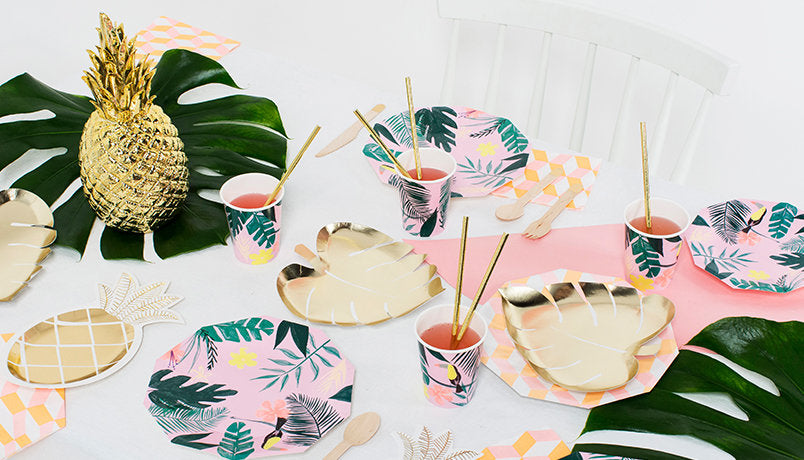 Scalloped Tropical napkins