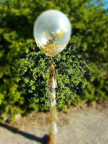 Giant Gold confetti and tassels balloon Kit