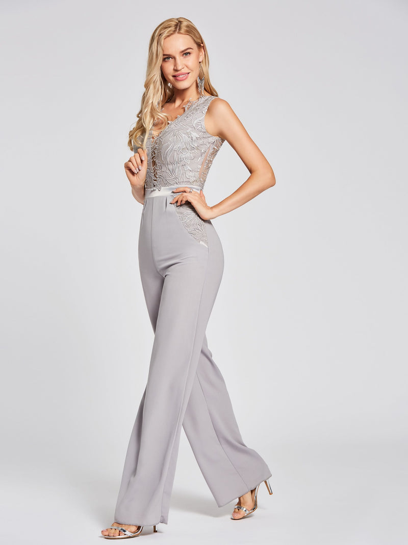 Sleeveless Gray V-Neck Sheath/Column Evening Party Dress