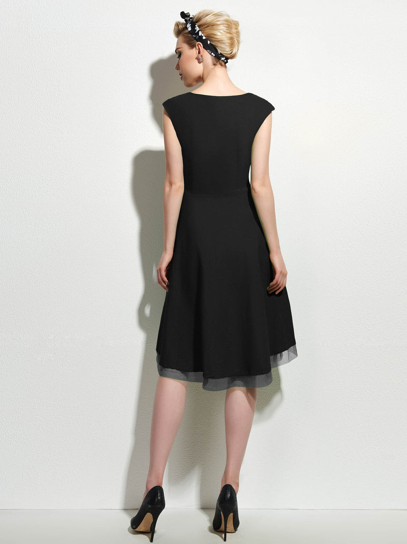 Knee-Length Short Sleeve Plain Zipper Dress