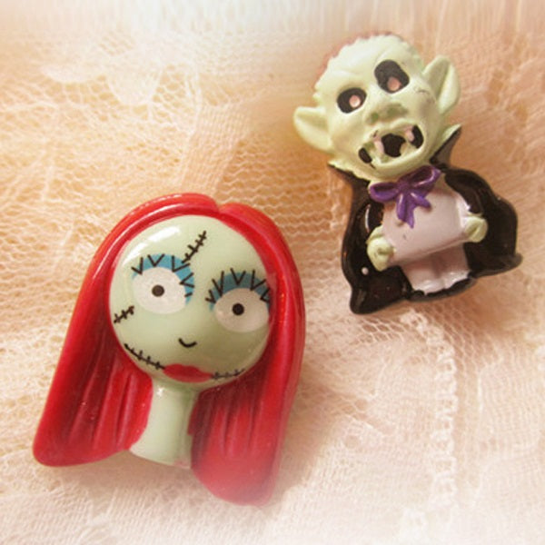 Zinc Alloy Resin Halloween Decoration Brooches