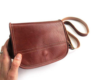 17 x 14 cm | Leather bag | Free shipping