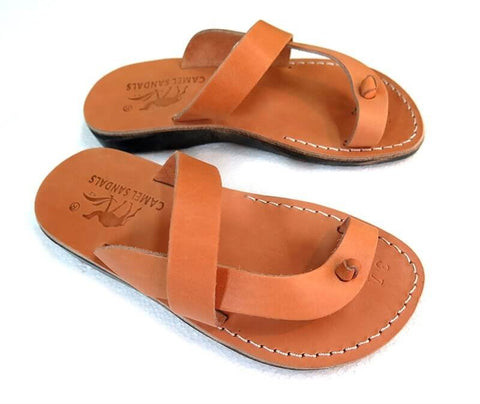 Model 43 Cana leather sandals color caramel