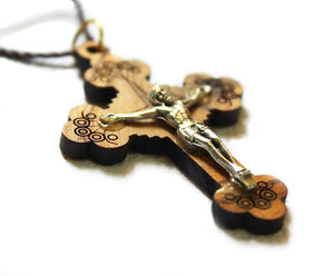 Olive wood Crucifix pendant - 2