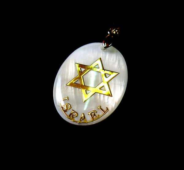 Mother of pearl pendant with Star of David