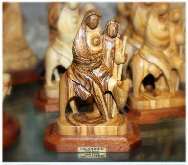 The Holy Family | Olive wood