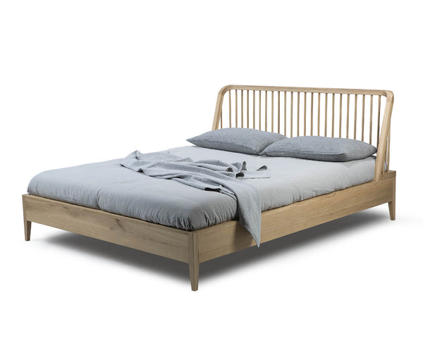 galeahome.myshopify.com Ethnicraft Cama Spindle en Roble