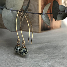 Load image into Gallery viewer, Simple Stone Long drop earrings