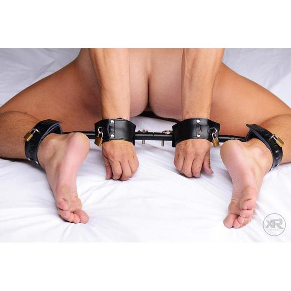Locking Wrist and Ankle Spreader Bar