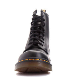 Dr. Martens Women's 1460 8 Eyelet Smooth Black - 11821006 - Shoes Direct