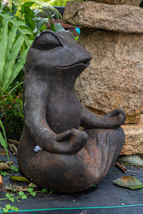 meditating frog concrete statue garden black finish