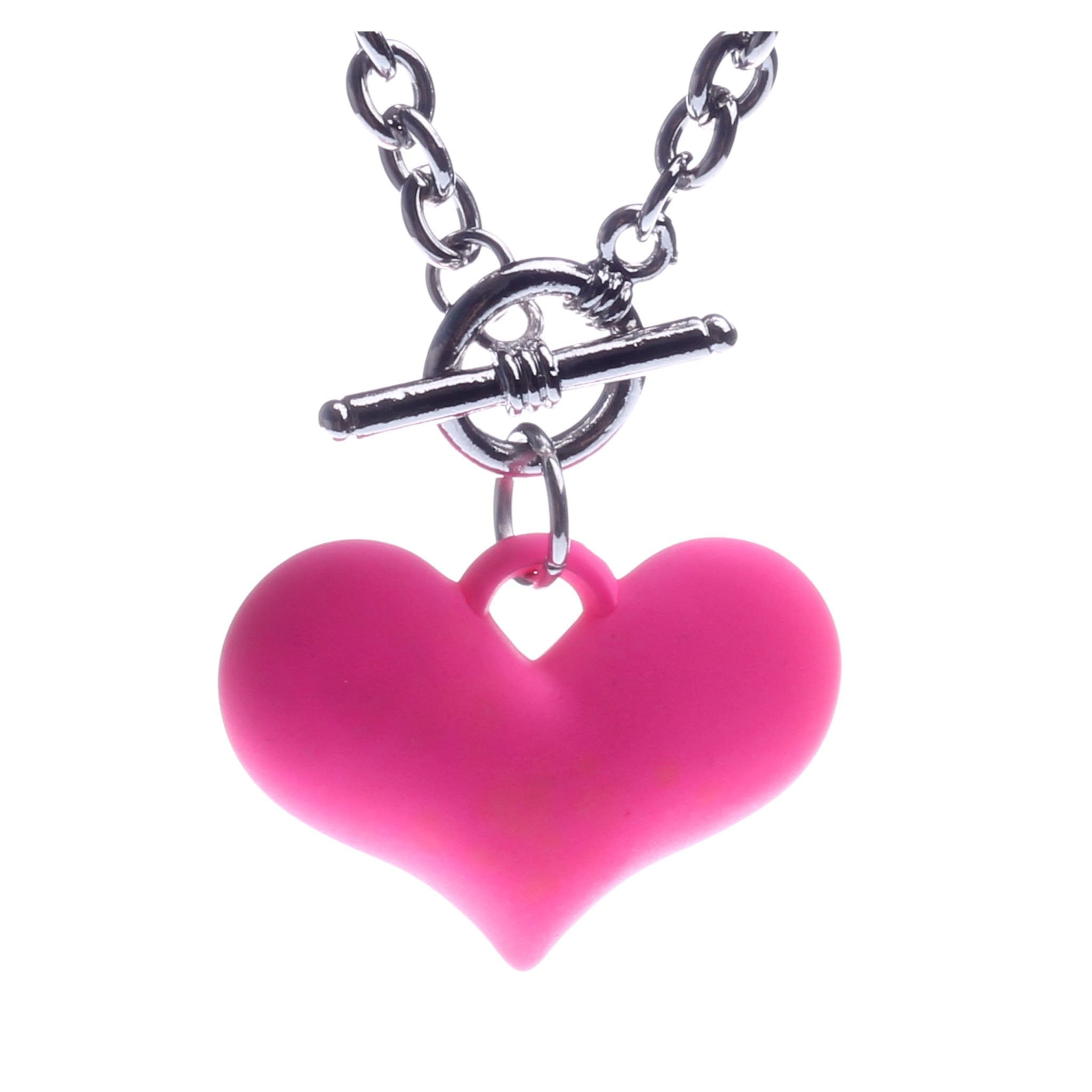 HEART CHARM NECKLACE