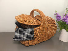 Load image into Gallery viewer, Golden Willow Picnic Basket