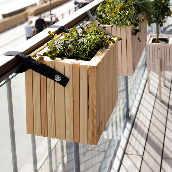 SQUARELY's design planter