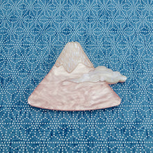 Load image into Gallery viewer, Pearl Pink Mt. Fuji Brooch - edenki