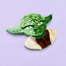 Load image into Gallery viewer, Star Wars - Yoda Brooch - edenki