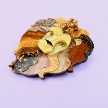 Load image into Gallery viewer, Lyle the Lion Brooch - edenki