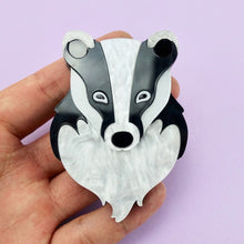 Load image into Gallery viewer, Bernard the Badger Brooch - edenki