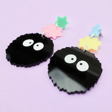 Load image into Gallery viewer, Soot Sprite Earrings - edenki