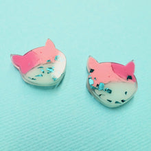 Load image into Gallery viewer, Studs - Cat Earrings in Amai - edenki