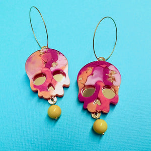 Helio Resin Skull Earrings - edenki