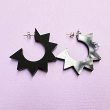 Load image into Gallery viewer, Spiky Hoop Earrings - Black + Purple Bloom - edenki