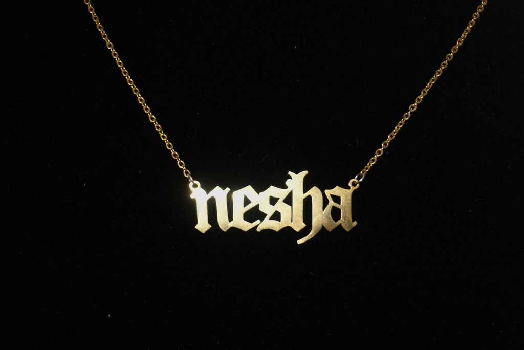 Custom Nameplate Necklace - Twelve 93
