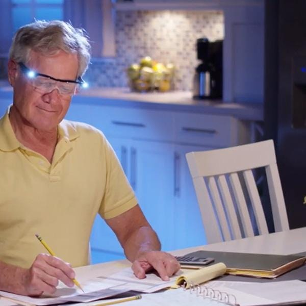 Presbyopia Glasses With Lighting Frame