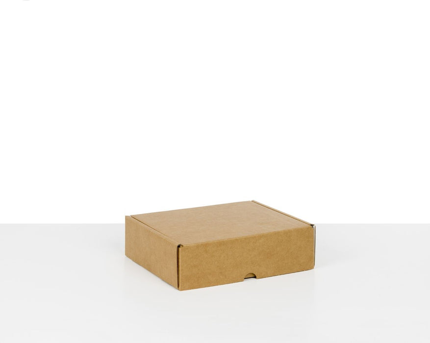 100% Recycled Brown/White Postal Boxes - The sustainable sourcing company