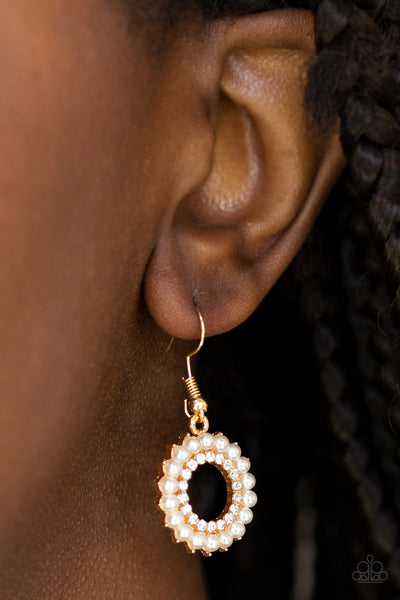 Paparazzi Accessories jewelry - www.5dollarstylemaven.com - A Proper Lady - Pearl Gold -