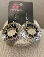 Paparazz Accessories - www.5dollarstylemaven.com - Organically Omega - Black - Paparazzi Accessories -
