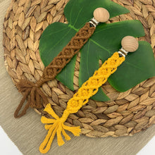 Load image into Gallery viewer, Earthy Macrame - Pacifier Clip - Elbirg