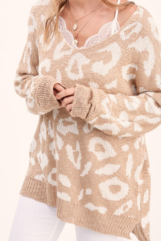 eye on the prize leopard sweater | taupe