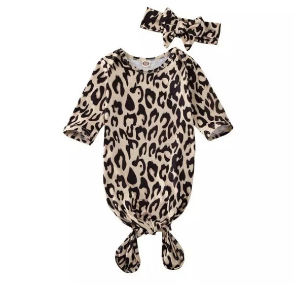 Leopard print sleep suit set