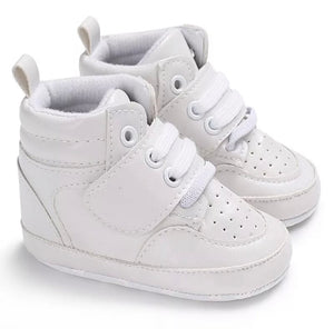 Hightop sneakers • White