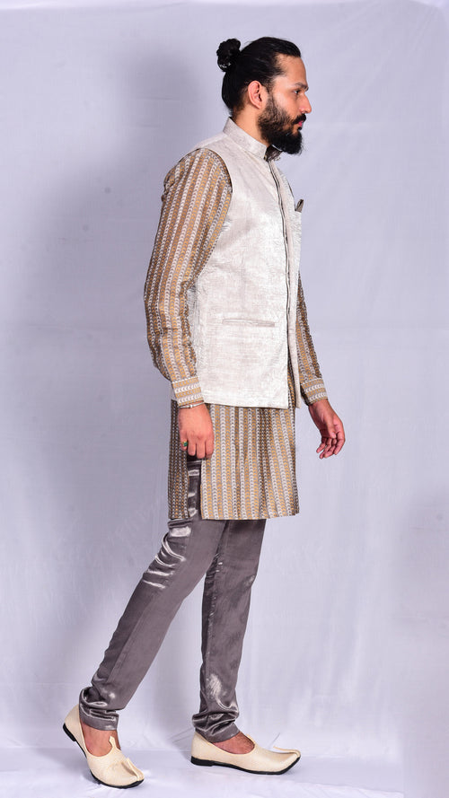 Kashish Koti with Kurta and Kashish Straight Pants