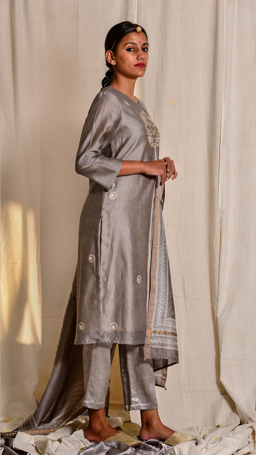 Kashish dyed and hand block printed and zari embroidered chanderi kurta - Aavaran Udaipur