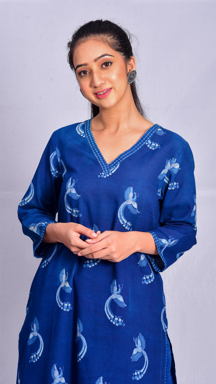 Indigo dyed and double dabu printed V-neck kurta - Aavaran Udaipur