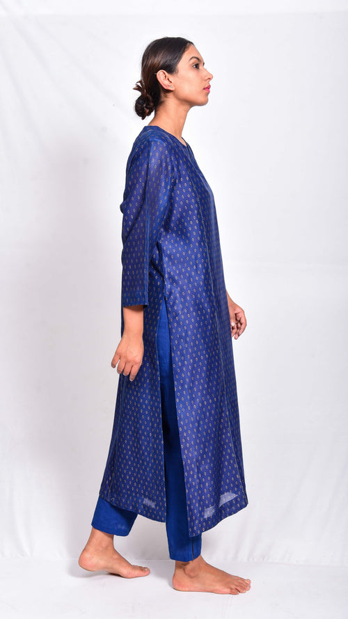 Indigo dyed and gold printed kurta - Aavaran Udaipur