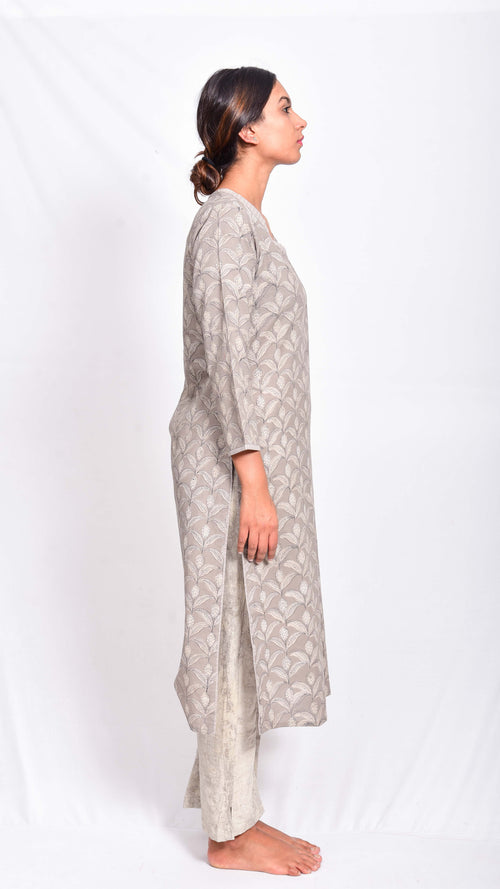 Kashish dyed and dabu hand block printed kurta - Aavaran Udaipur