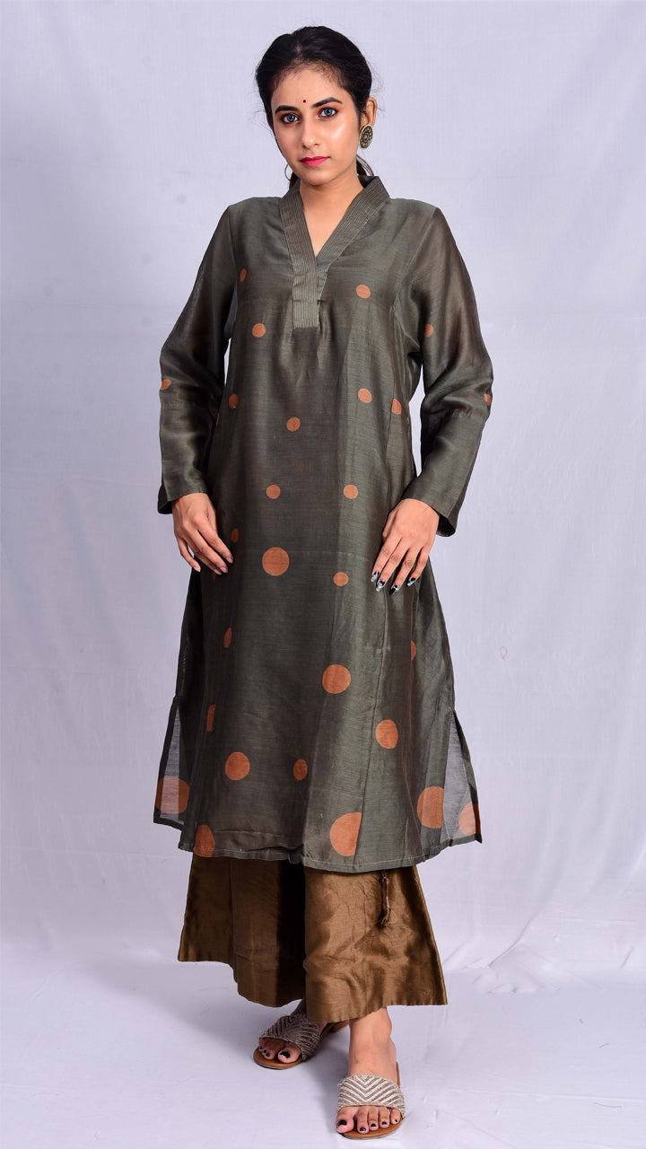 Indigo-babool dyed A-line kurta with full sleeves. - Aavaran Udaipur