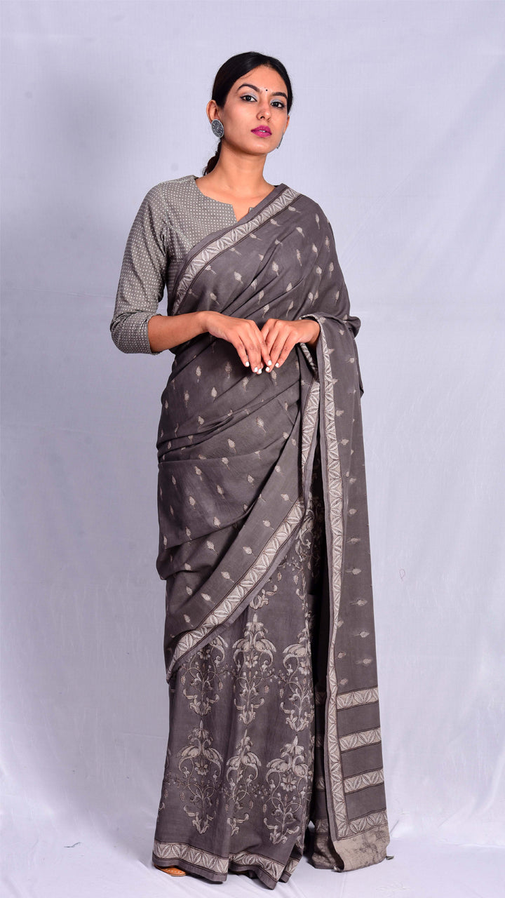 Kashish Dyed Dabu Print Cotton Saree - Aavaran Udaipur